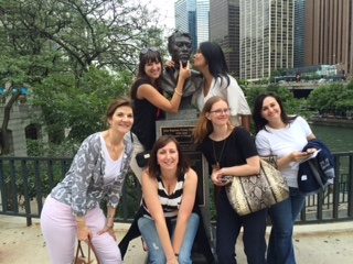Chicago Magnificent Mile Strayboots Team Building Activities